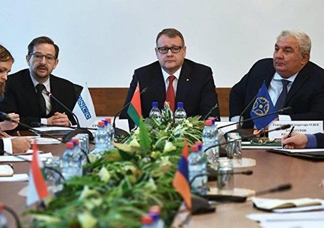 歐安組織新秘書長呼籲優先發展與集體安全條約組織的夥伴關係