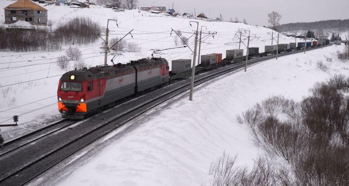 俄铁划拨1700万美元用于设计跨萨哈林岛交通通道
