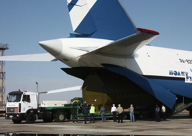 俄罗斯的安-124运输机飞