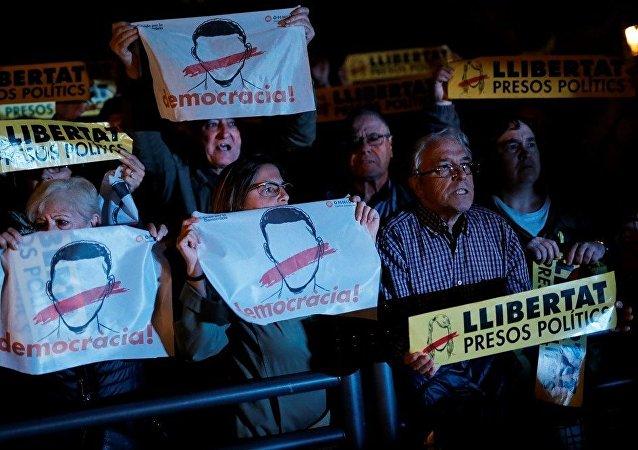 西班牙加區政府前成員在監獄里過夜