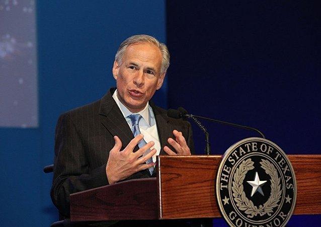 德克萨斯州州长格雷格∙雅培