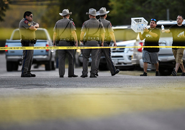 德州枪击案