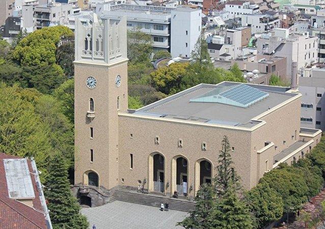 日本早稻田大学在炸弹威胁解除后恢复工作