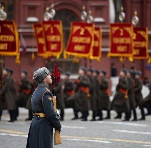 因紅場舉行遊行列寧墓將關閉2天