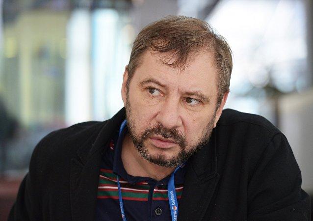 俄新社记者扎哈尔·维诺格拉德夫