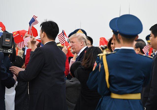 特朗普抵京,開始對中國進行首次國事訪問