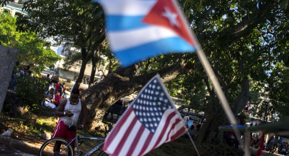 美国务卿:不打算将召回的外交官派回古巴