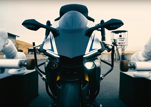 人類對決現代摩托車機器人:誰能取勝
