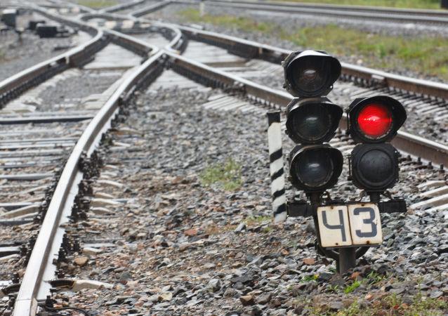 俄出口中心集装箱列车从乌法启程前往中国