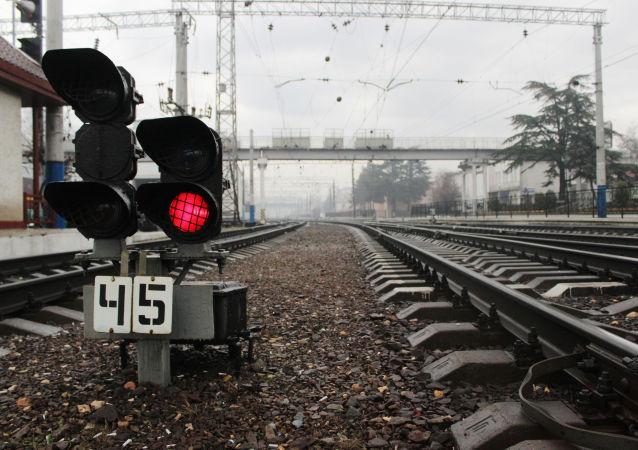 俄边防队在莫斯科—北京国际列车上查获若干走私的黄金