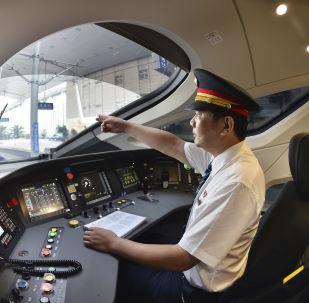 最新版中國高鐵「復興號」將在「雙十一」期間首次運送快遞