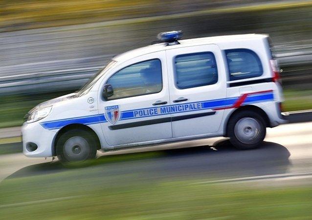 法国内政部:法国南部开车冲撞中国学生司机的动机尚未查明