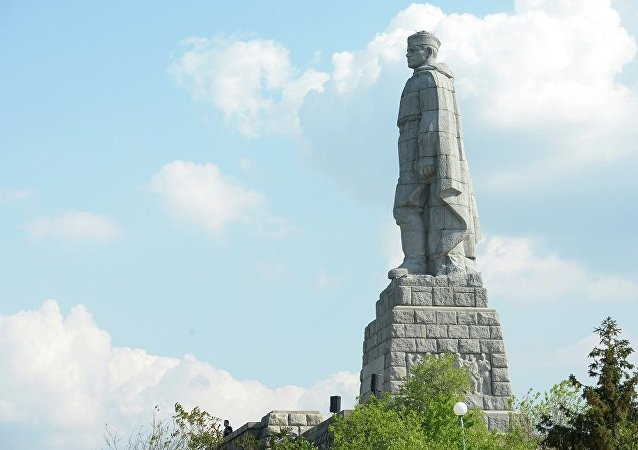 「阿廖沙」雕像