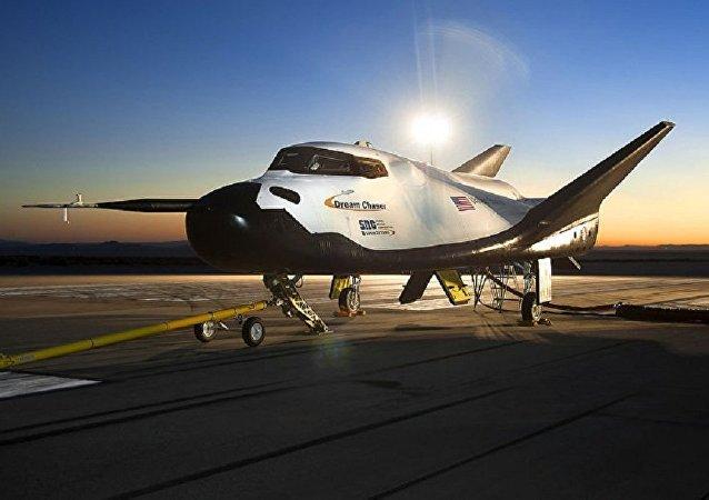 """美国""""追梦者""""(Dream Chaser)太空飞机"""