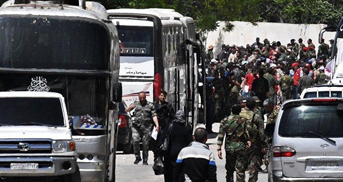 阿勒颇省北部20余名IS武装分子向叙政府投降