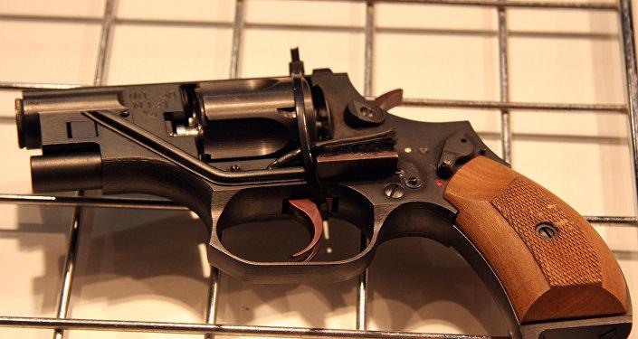 OTs-38微声转轮手枪