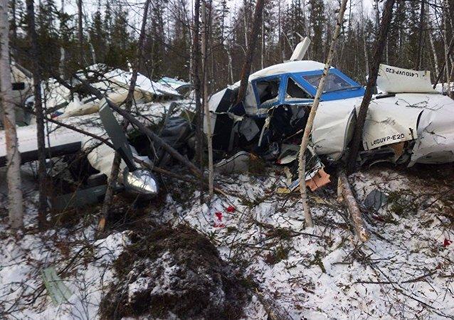 消息人士:一架客机在俄罗斯远东坠毁 一名儿童幸存