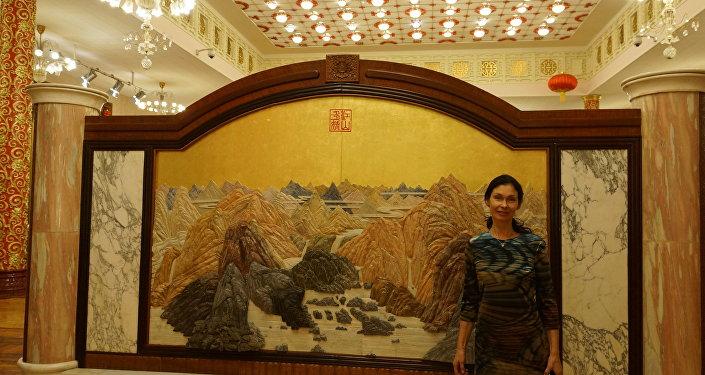 """""""两个帝国""""东方文化俱乐部负责人普拉卡索娃"""
