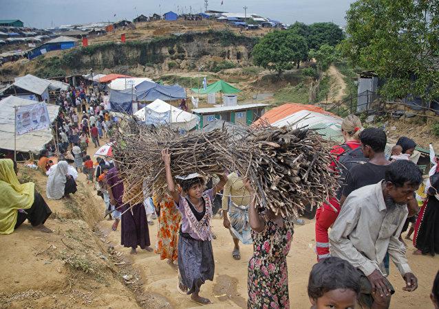 媒体:孟加拉国与缅甸正在制定关于将罗兴亚难民遣送的协议