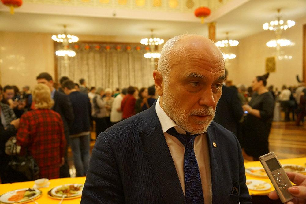 莫斯科国立苏里科夫艺术学院院长柳巴温