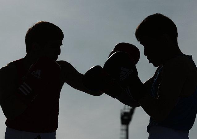 世界拳击组织举办了一场只持续了11秒的拳赛