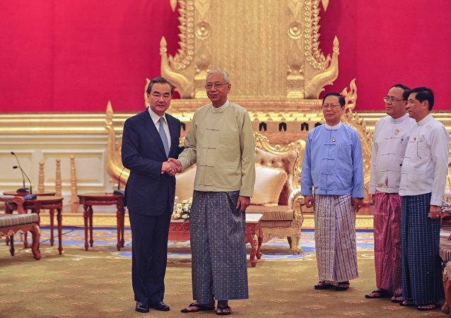 中国呼吁国际社会帮助缅甸解决若开邦贫困问题