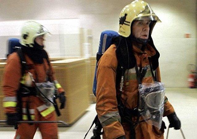比利时钢铁集团工厂发生爆炸事件 有人受伤