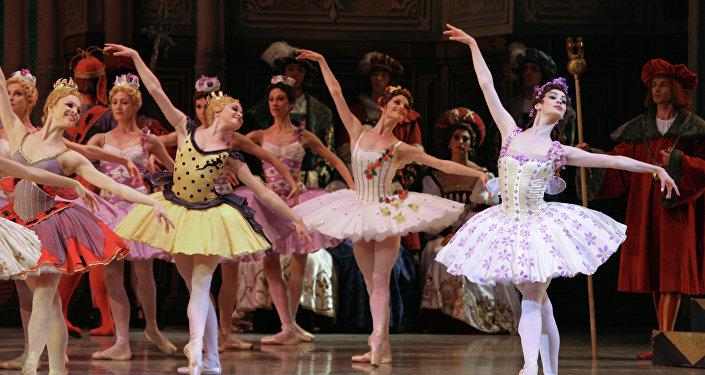俄罗斯多家著名芭蕾院团和知名演员为中国观众献上芭蕾盛宴