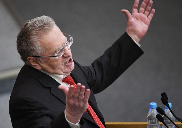 日里诺夫斯基正式成为俄总统大选的首位候选人