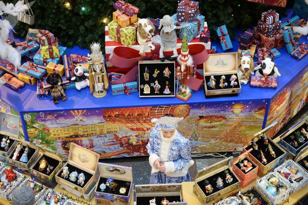 新年装饰品和纪念品柜台