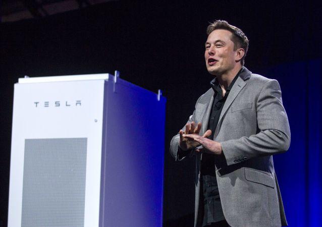 特斯拉全球最大锂电池安装工作在澳大利亚完成