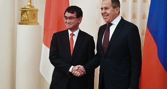 俄外长:俄日大多数合作领域都出现进展