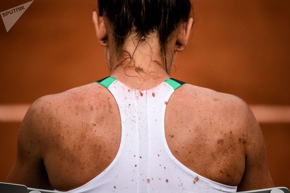 西蒙娜·哈勒普(罗马尼亚)在法国网球公开赛女子单打比赛中