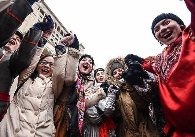 中国赴俄游客人数约为130万人