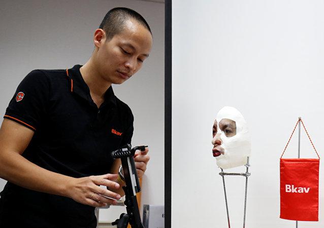 越南网络安全专家向卫星通讯社证实新一代iPhone X智能手机具有漏洞