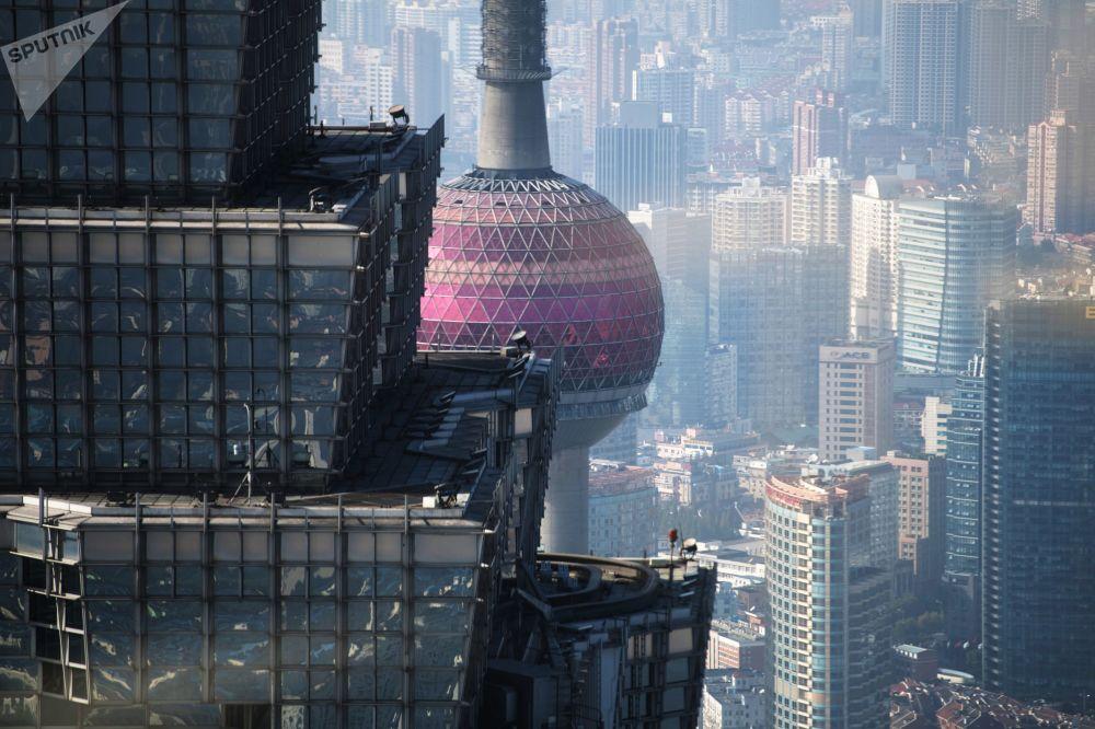 上海「東方之珠」電視塔與金茂大廈