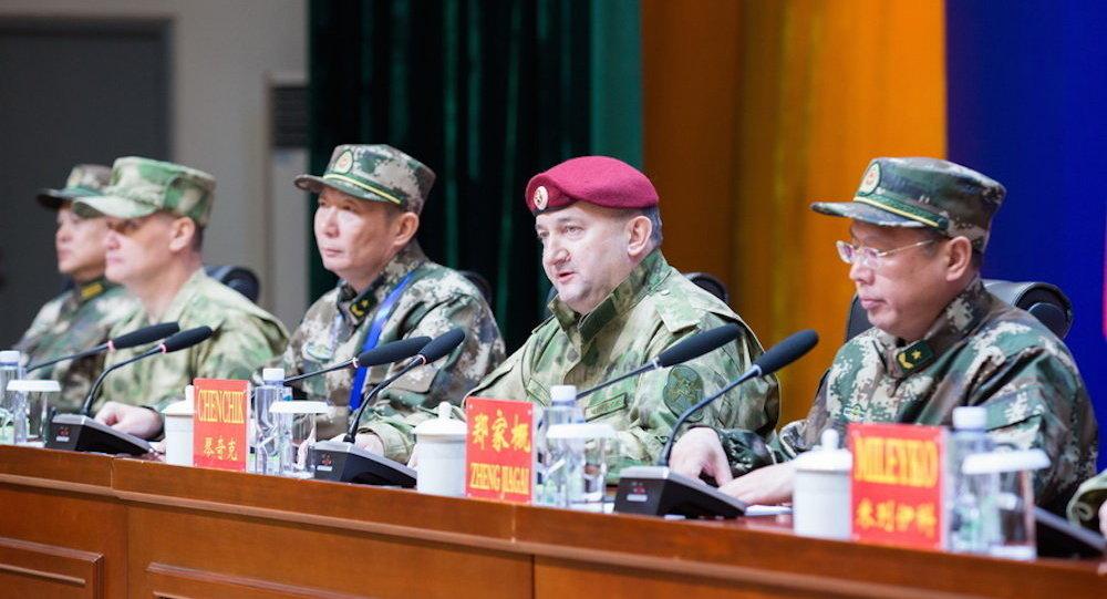 俄近衛軍與中國武警特種部隊聯合演習在中國銀川拉開帷幕
