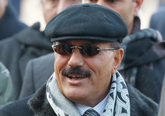 未经证实的图像似乎显示出,这是也门前总统萨利赫的遗体