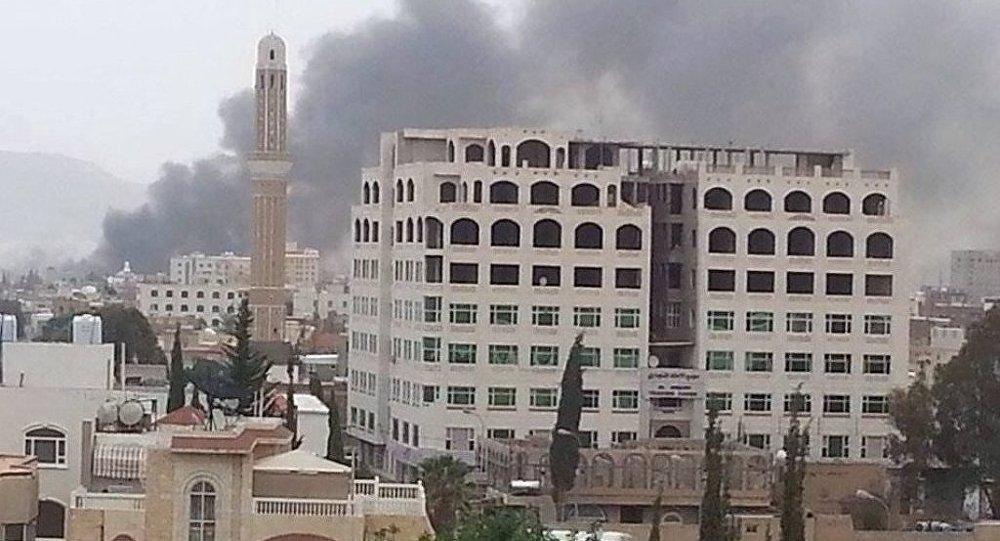 在也门首都的一系列爆炸已造成30多人死亡