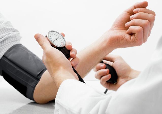 心脏病专家:如何不吃药降压