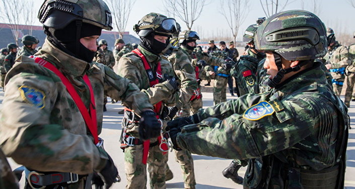 俄中联合反恐演训进入积极演练阶段