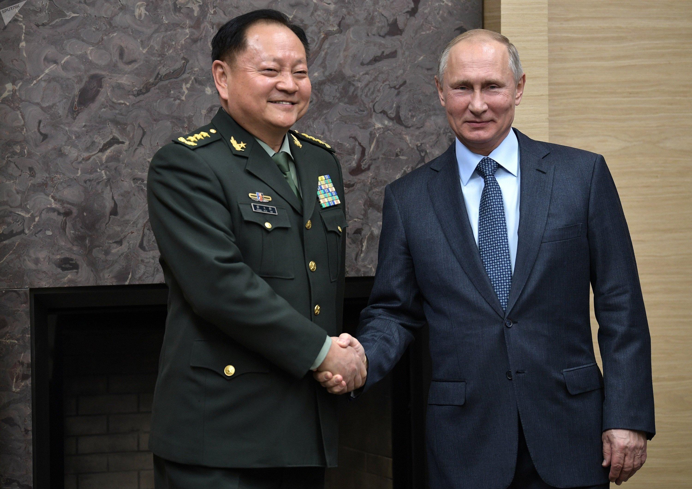 俄罗斯总统普京与中共中央军委副主席张又侠
