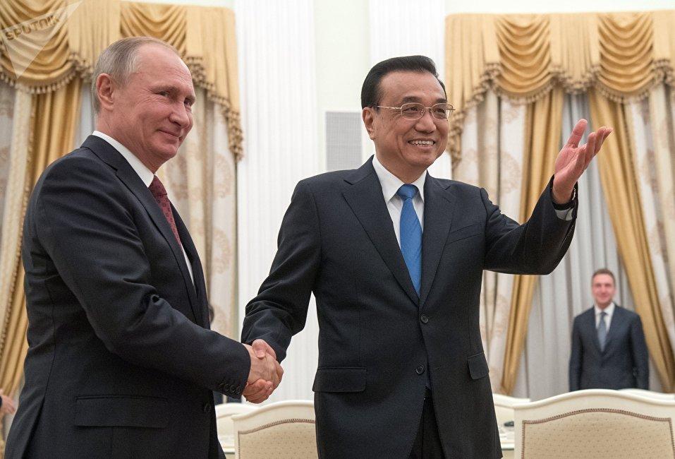 俄罗斯总统普京与中国国务院总理李克强