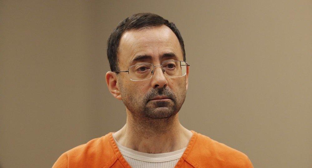 外媒:美国体操队前队医被判刑60年