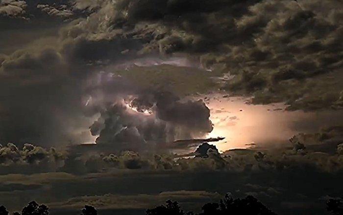 澳大利亚超强风暴(视频)