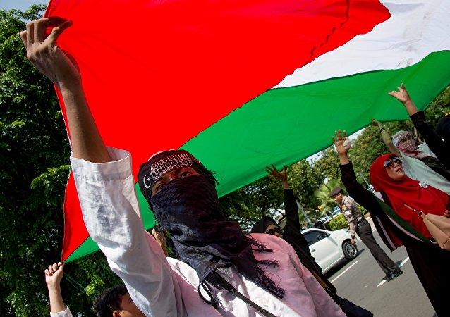 在雅加達至少4萬人抗議特朗普承認耶路撒冷是以色列首都的決定