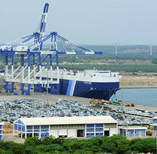斯里兰卡批准中国开发汉班托塔港口区