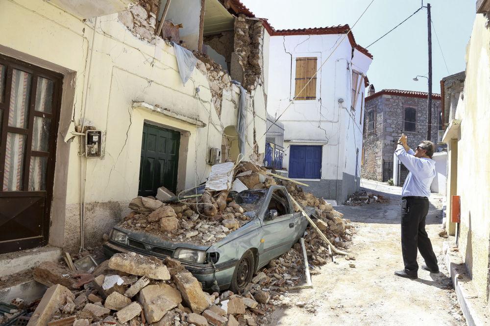 希腊莱斯沃斯岛地震