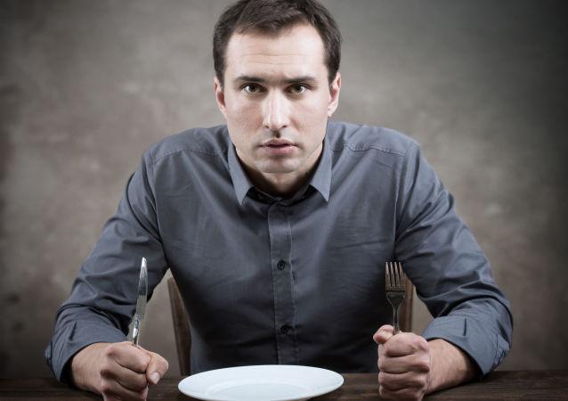 研究人员证明饥饿有益健康