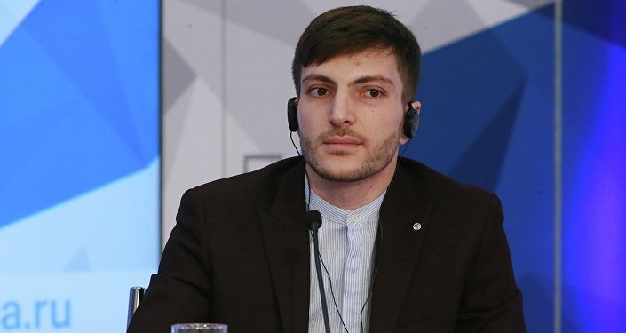 中国高校联合会CCN俄罗斯代表处主任亚历山大·阿瓦基扬茨